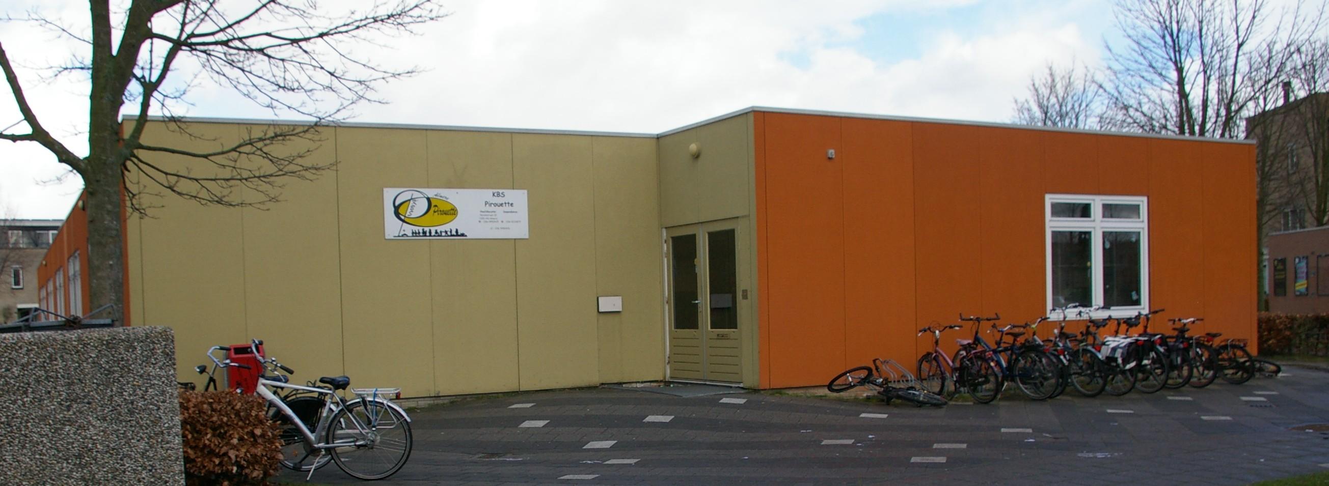 Pirouette yvonne almere gebouw | Rapido Typen